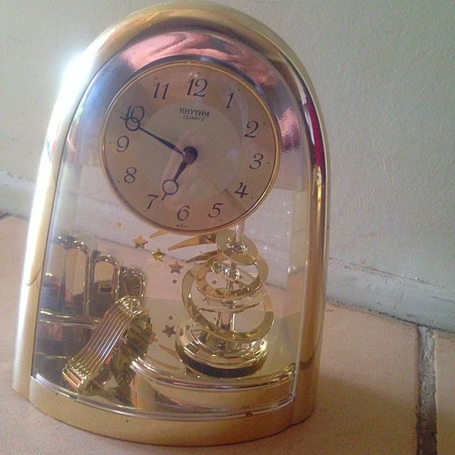 Shiny Clock.