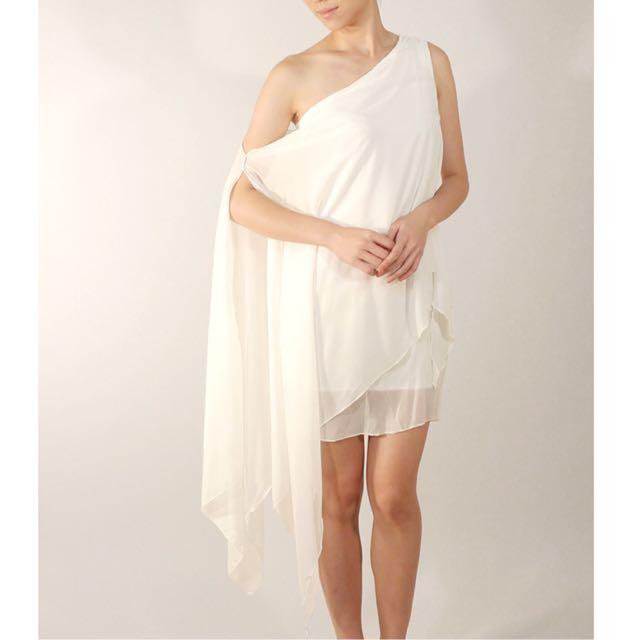 Reduce!)White Asymmetric Toga Dress, Women\'s Fashion, Bridal Wear on ...