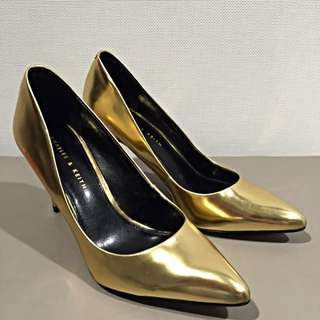 CHARLES & KEITH GOLD POINTY HEELS