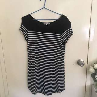 Pop jerry Black And White Stripped Dress