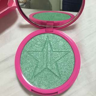 Jeffree Stars' skin Frost