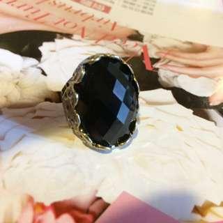 戒指💍  霸氣 黑磚
