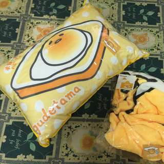 蛋黃哥抱枕&披肩毯/560含郵