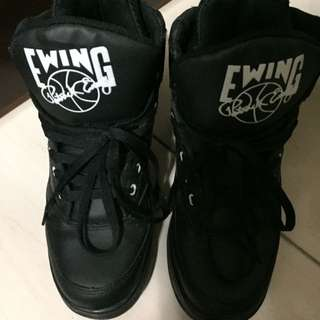 Nike Ewing