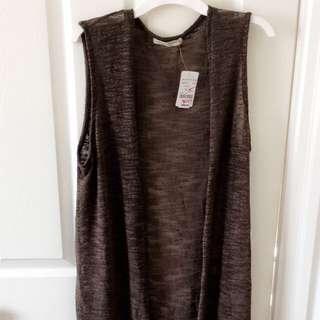 Sleeveless Full-length Cardigan
