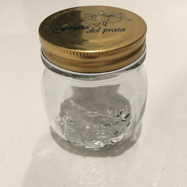 55 Mason Jars With Lids 9x9cm $55