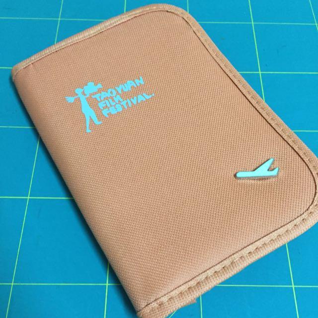 全新 旅行護照證件夾