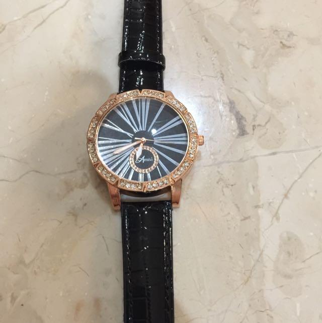 Black Crystal Watch