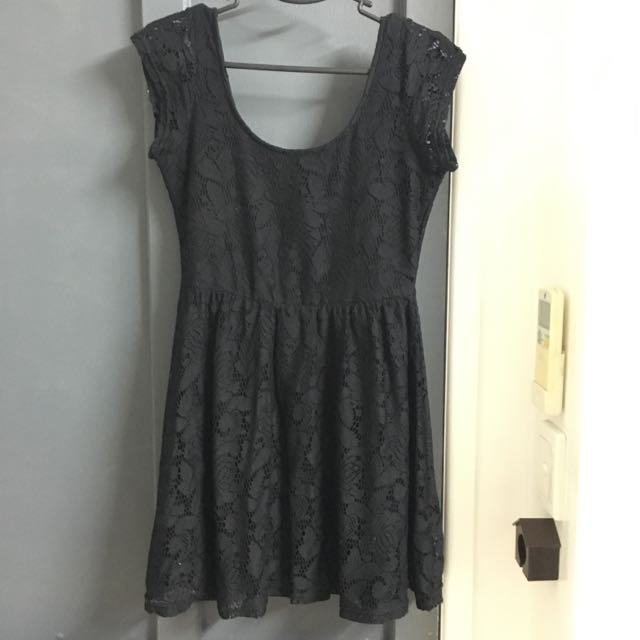 Cotton On Size S Black Lace Dress