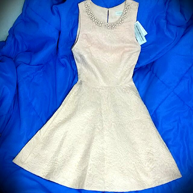 (On hold) Forever New Prom Formal Dress - Pale Petal/Pink