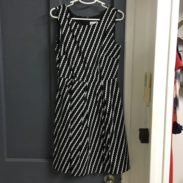 Modcloth Bea&Dot Size M Workwear Dress