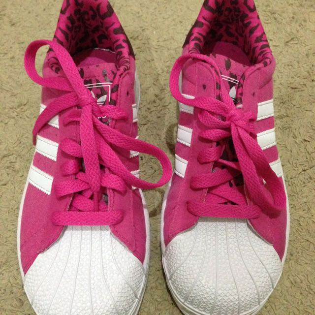 New adidas Size 4-5