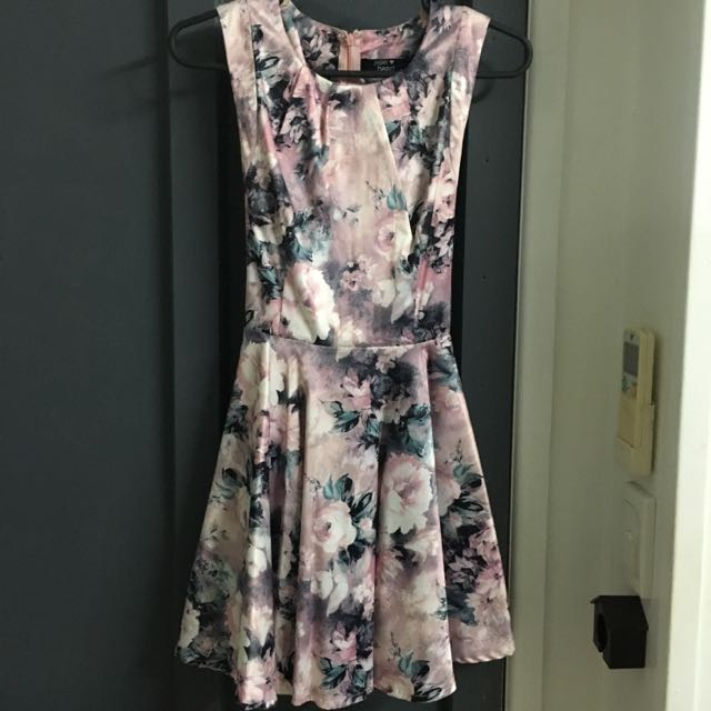 Paper Heart Size 10 Floral Dress With Cutout And Bow