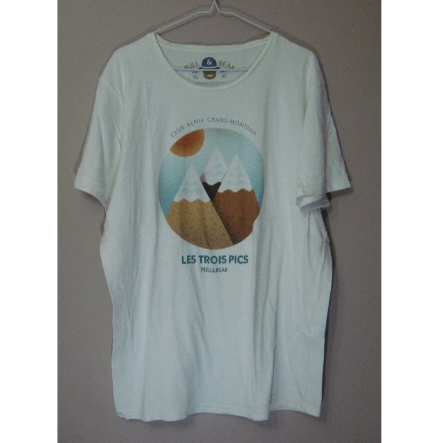 Pull and Bear T-Shirt