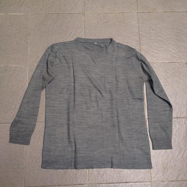 •Sweater•