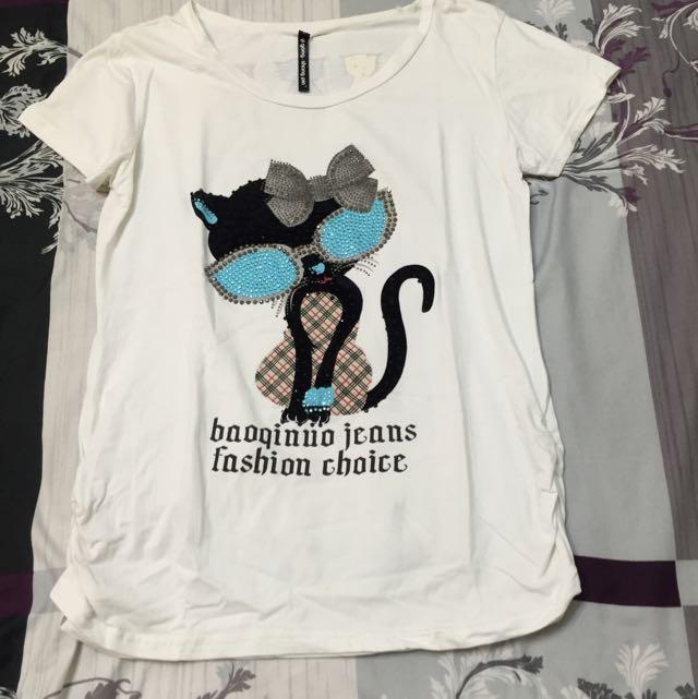 白色貓咪T恤(L號 含運)