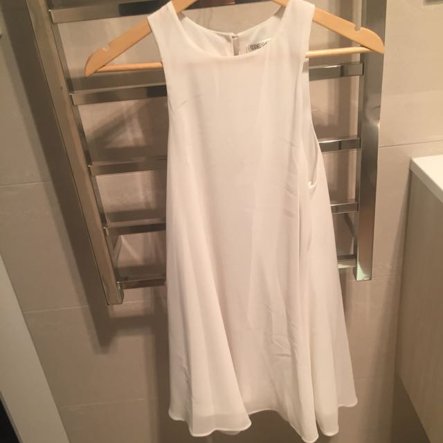 White Sideshow Dress - Size 8