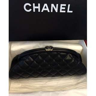 Chanel cc logo classic evening clutch in Lamb skin