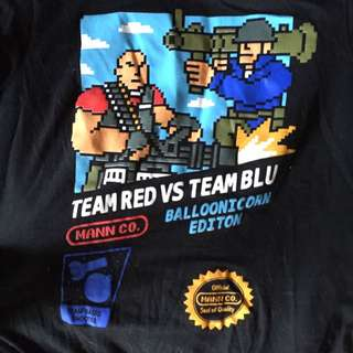 Lootcrate Exclusive Team Red Vs Team Blu Tee