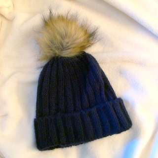 TOPSHOP Fake Fur Palm Palm Hat