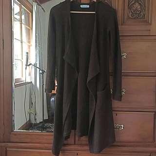 Size M Knitted Dark Brown Cardigan