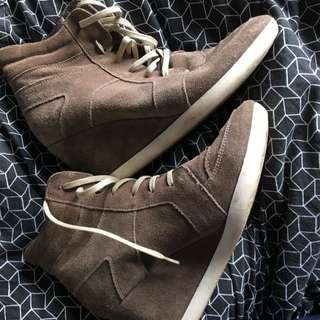 Spurr High top Heels Size 40