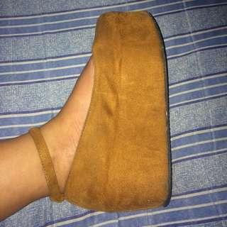 Primadonna platform shoes