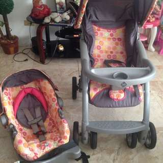 Safety 1st Saunter Stroller + Infant Car Seat