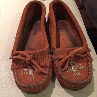 MINNETONKA鞋