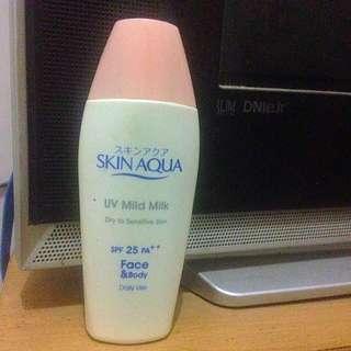 Skin Aqua Uv Mild Milk Spf 25 Pa++