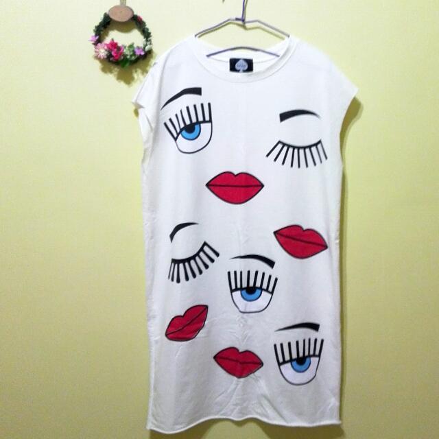保留)全新韓國個性寬鬆大眼紅唇洋裝