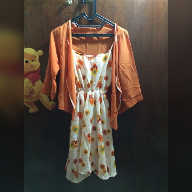 Dress Orens Bunga