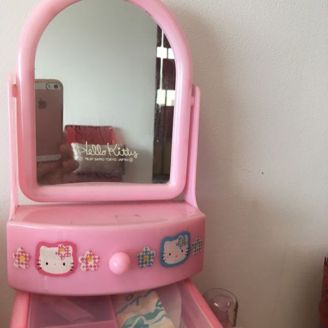 Hello kitty Mirror With Drawer