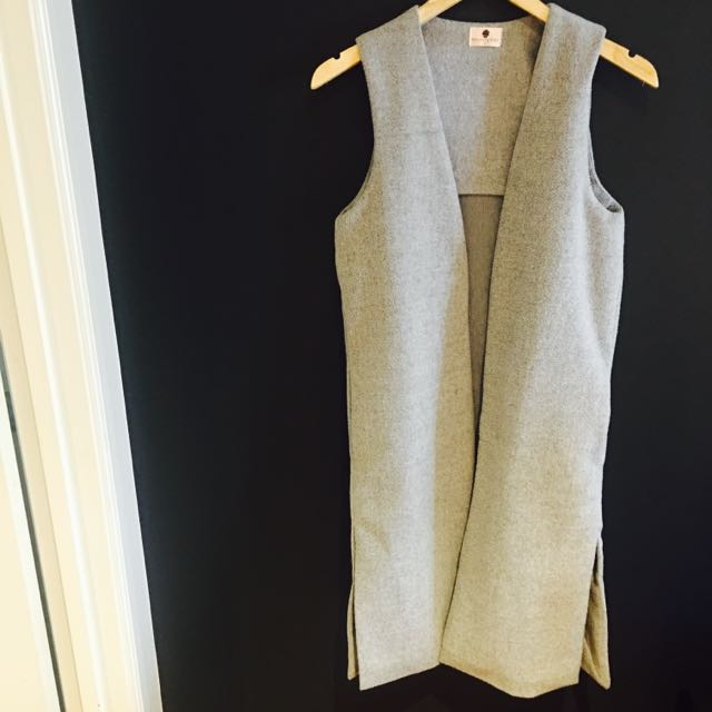 Morning Mist Sleeveless Jacket/Vest