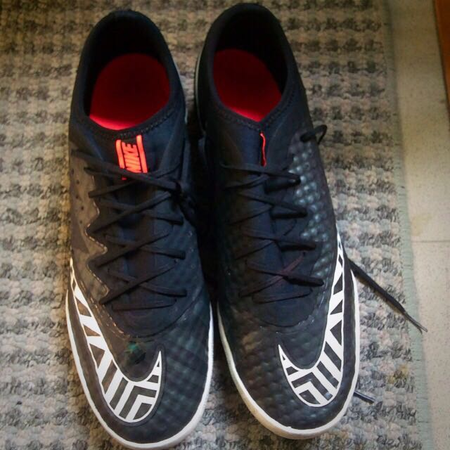 Nike Astro Turf Soccer Boots (Price Reduced)