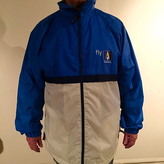 Shower Proof Wind Jacket