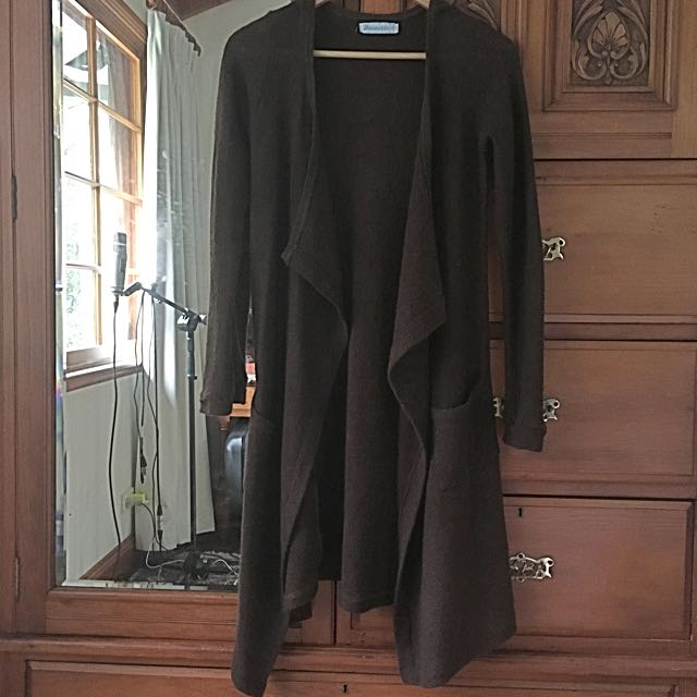 Size M Knitted Dark Brown Cardigan