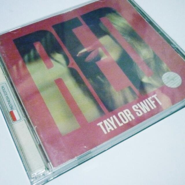 "Taylor Swift ""RED"" deluxe Indonesia Edition + Cross Roads DVD"