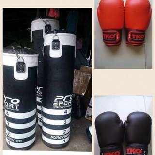 Punching Bag And Boxing Gloves MMA Gloves