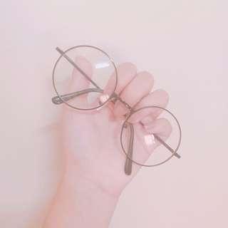 黑框眼鏡👓