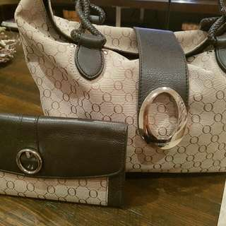 """OROTON BAG AND WALLET Signature """"O"""" classic Timeless Pieces ex Condition"""