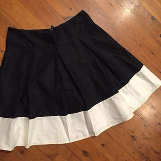 🎈New Cotton Skirt Sz 8
