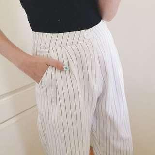 黑色細線八分白寬褲