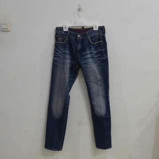 Celana Jeans Guess Size Fit 31-32