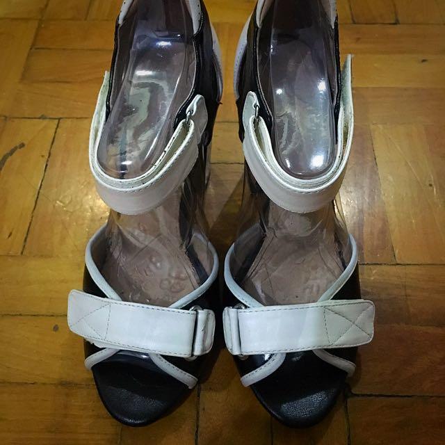 ALDO B&W Block Sandals