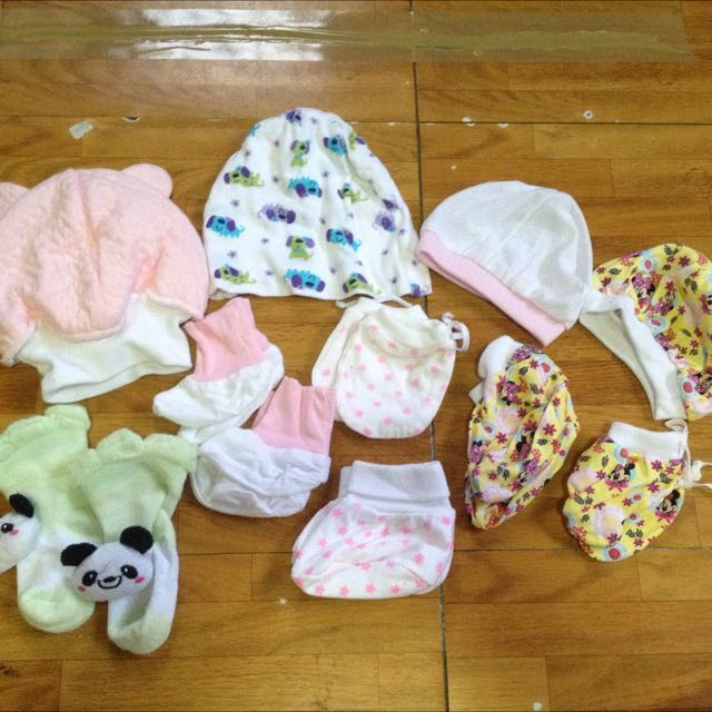 Baby Girl Bonnets,Mittens & Booties
