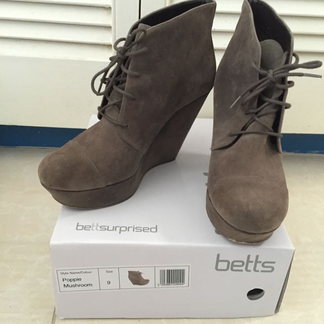 Betts Anklet Boots