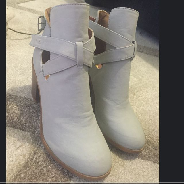 Brand New Boots Size 6