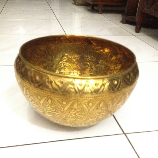 4 Items - Brass Bowl