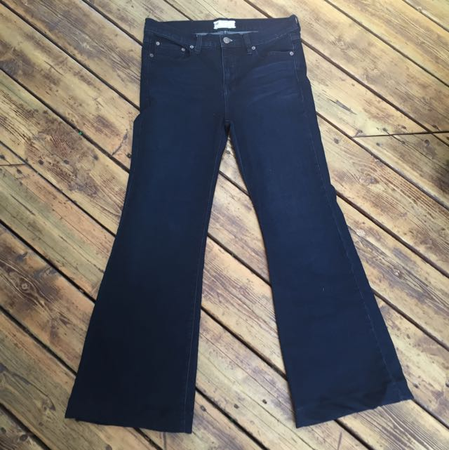 FREE PEOPLE FLARED JEANS(s.30)